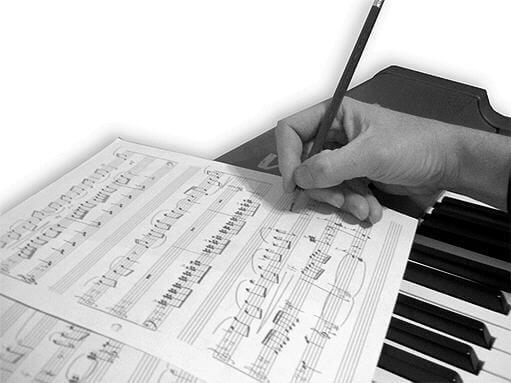 Vi kan vurdere dine tekster, melodier eller opptak